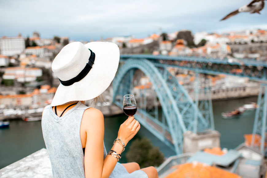 5 Reasons to Visit Portugal Wine